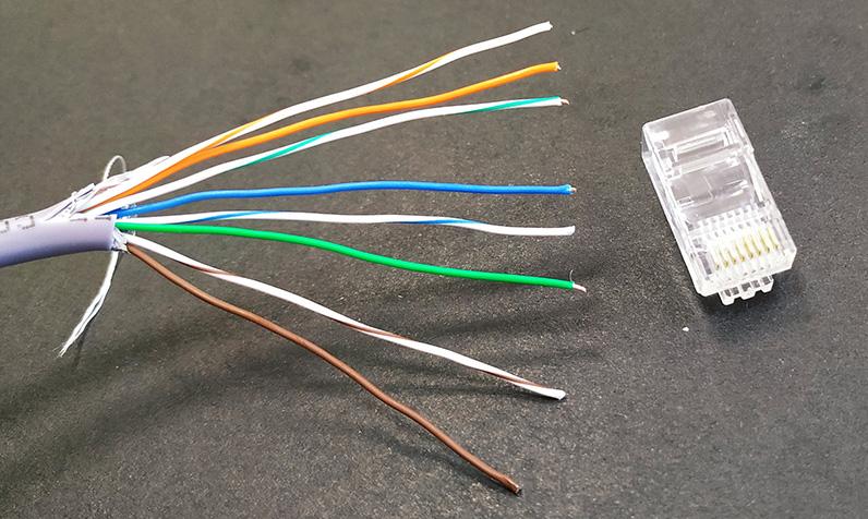 Фотография подготовленного провода
